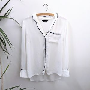 White Contrast Trim Pocket Blouse